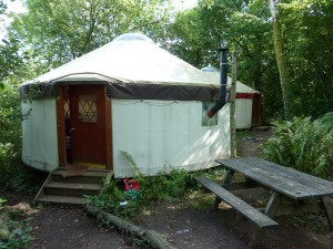 yurt-camping-3